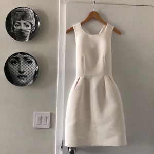 Kate Spade White Bow Back dress size 2